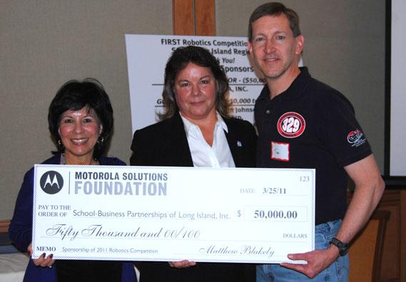 Motorola Solution Foundation Donates $50,000 towards Long Island Regional FIRST Robotics Program